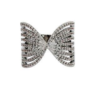 Sparkling silver crystal powder ring